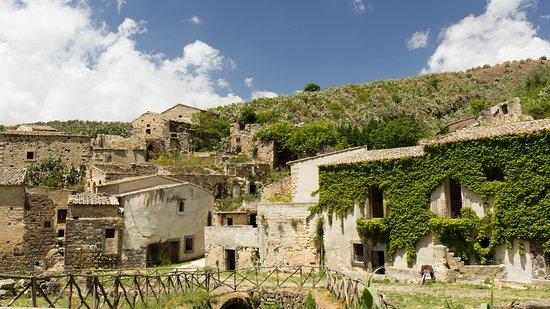 città abbandonate sicilia