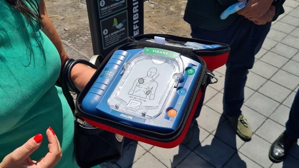 defibrillatore rubato a Catania
