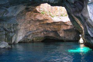 Grotta del Cammello.