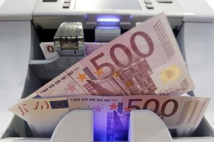Le projet prévoit une rente de 2 500... (Photo : Pascal Lauener, archives Reuters)