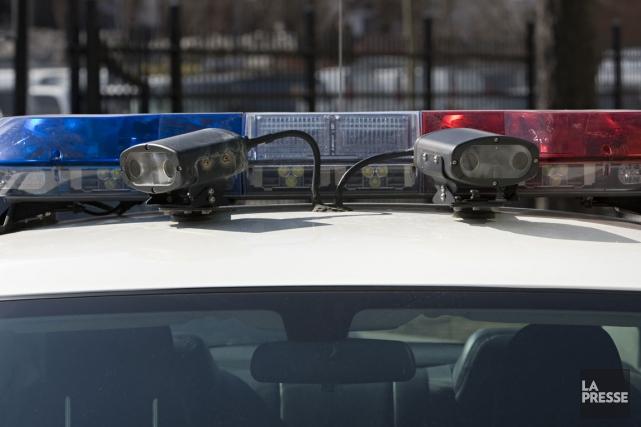 Des policiers ontariens craignent le pire après la découverte d'un pied et... (PHOTO DAVID BOILY, LA PRESSE)