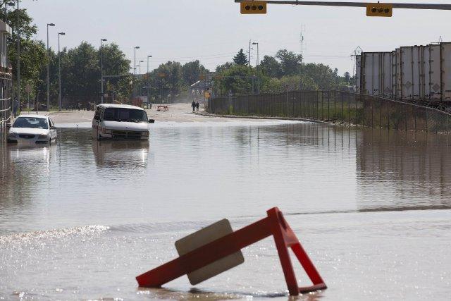 Les autorités albertaines ont prévenu que le retour... (Photo Todd Korol, Reuters)