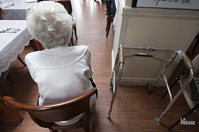 Davantage d'aînés devraient adhérer à un programme d'appels automatisés qui... (Photo François Roy, archives La Presse)