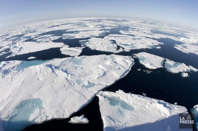 Dans la région de l'Arctique, les températures ont... (PHOTO JONATHAN HAYWARD, LA PRESSE CANADIENNE)