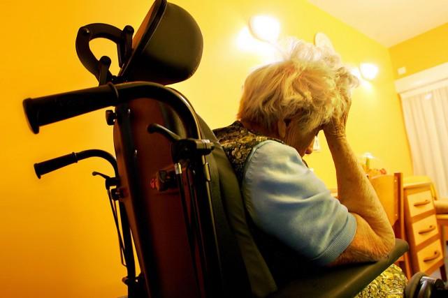 Des millions de cas d'Alzheimer pourraient être évités si les patients... (PHOTO ARCHIVES AFP)
