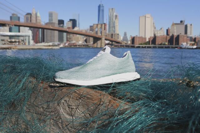 Adidas a dévoilé le mois dernier une paire... (Photo fournie par Adidas)