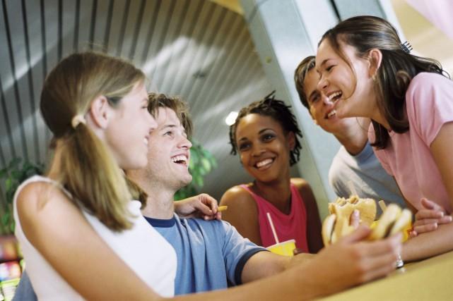 Les chercheurs ont découvert que l'inclusion sociale à... (Photo Thinkstock)