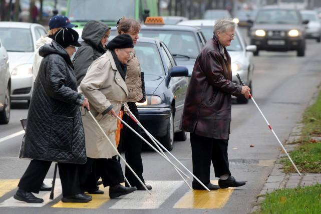 Il y avait 36 millions de personnes aveugles dans le monde en 2015, selon une... (ARCHIVES AFP)