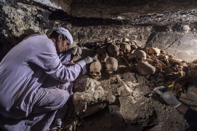 Le tombeau a été découvert par des archéologues... (PHOTO KHALED DESOUKI, AFP)