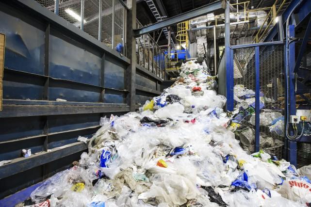 Au Québec, 60% des matériaux recyclables allaient en... (Photo La Presse)