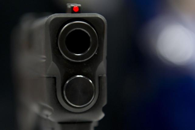 Un garçon de huit ans de l'Ohio qui avait un fusil non chargé dans son sac à... (ARCHIVES AFP)