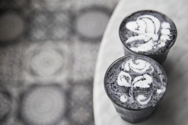 Utilisé en poudre, le charbon végétal activé donne... (Photo Thinkstock)