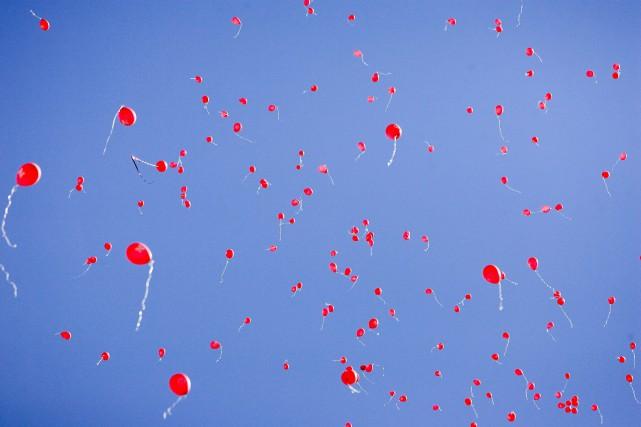 Les célébrations joyeuses lors desquelles on laisse s'envoler... (Photo Nati Harnik, archives Associated Press)