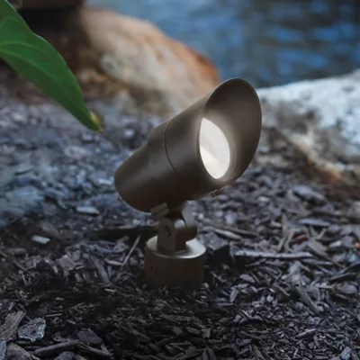 landscape lighting 120v led spot and
