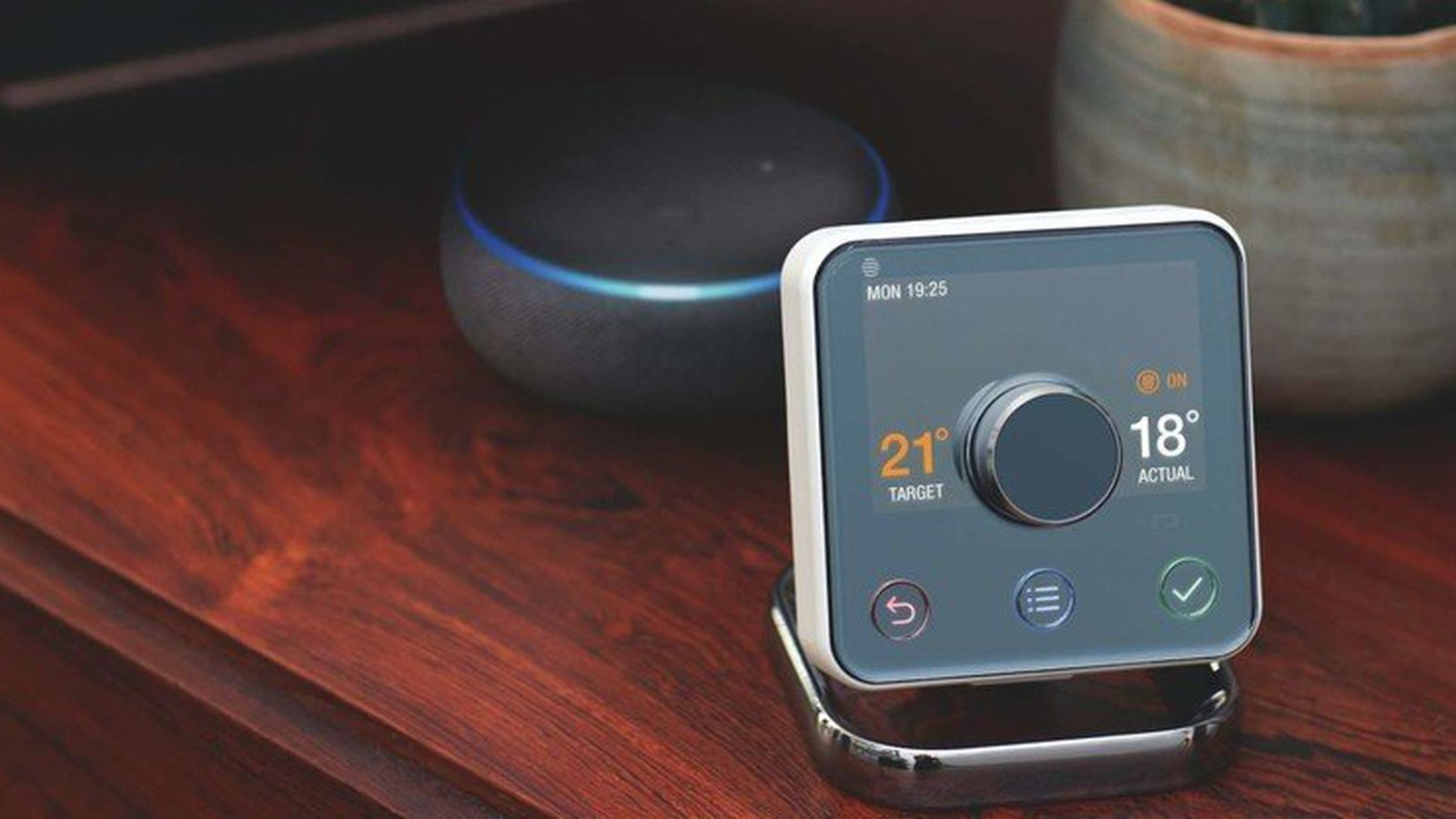 U K Smart Home Firm Hive Rolls Out Homekit Support For Active Line Of Products Macrumors