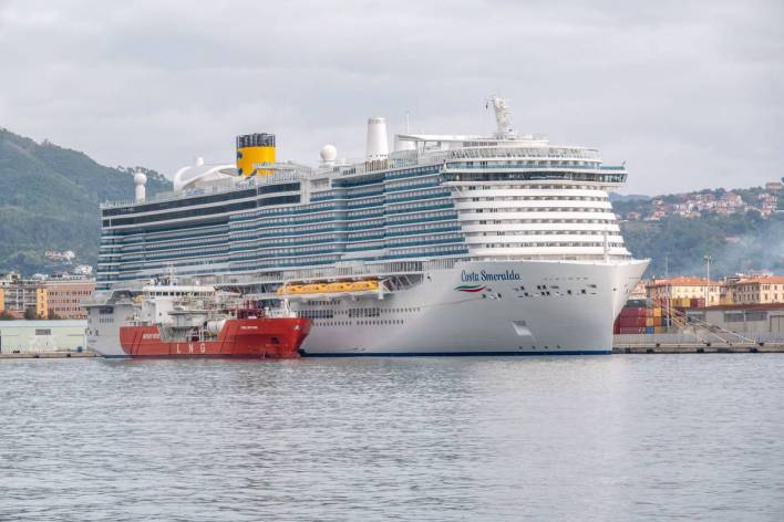 Costa Cruises Completes Italy's First LNG Bunkering