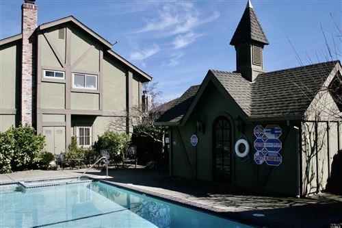 Tiny photo for 943 Hunt Avenue, Saint Helena, CA 94574 (MLS # 22003294)
