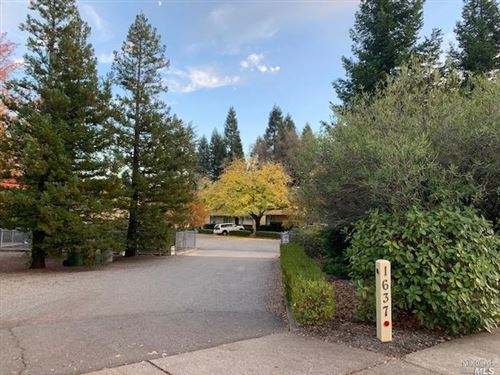 Photo of 1637 Spring Street, Saint Helena, CA 94574 (MLS # 22028361)