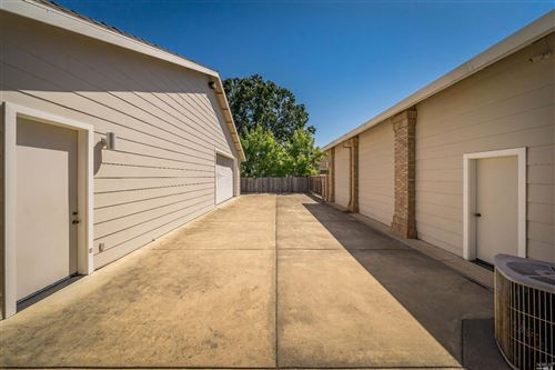 Tiny photo for 1712 Garnett Creek Court, Calistoga, CA 94515 (MLS # 21920409)