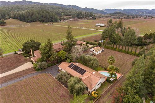 Photo of 1800 Cabernet Lane, Saint Helena, CA 94574 (MLS # 22002587)