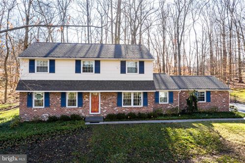 Photo of 8 JENKINS DR, DOWNINGTOWN, PA 19335 (MLS # PACT498018)