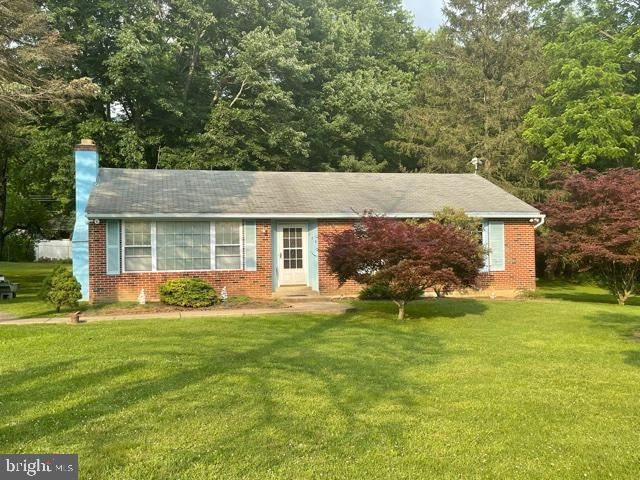 Photo for 129 PECK DR, COATESVILLE, PA 19320 (MLS # PACT539038)