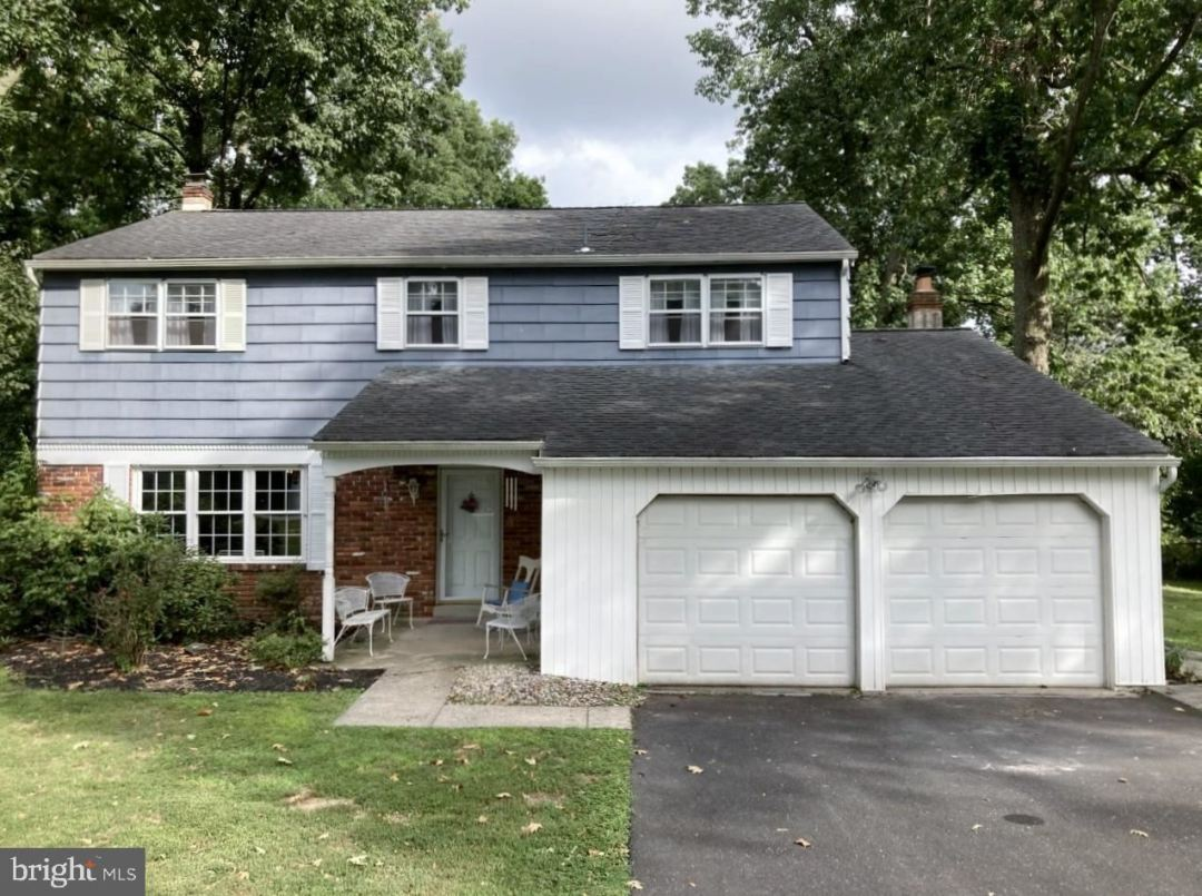 Photo for 1042 SINGER LN, NORRISTOWN, PA 19403 (MLS # PAMC2009332)