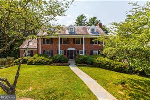 Photo of 6204 GARNETT DR, CHEVY CHASE, MD 20815 (MLS # MDMC665400)