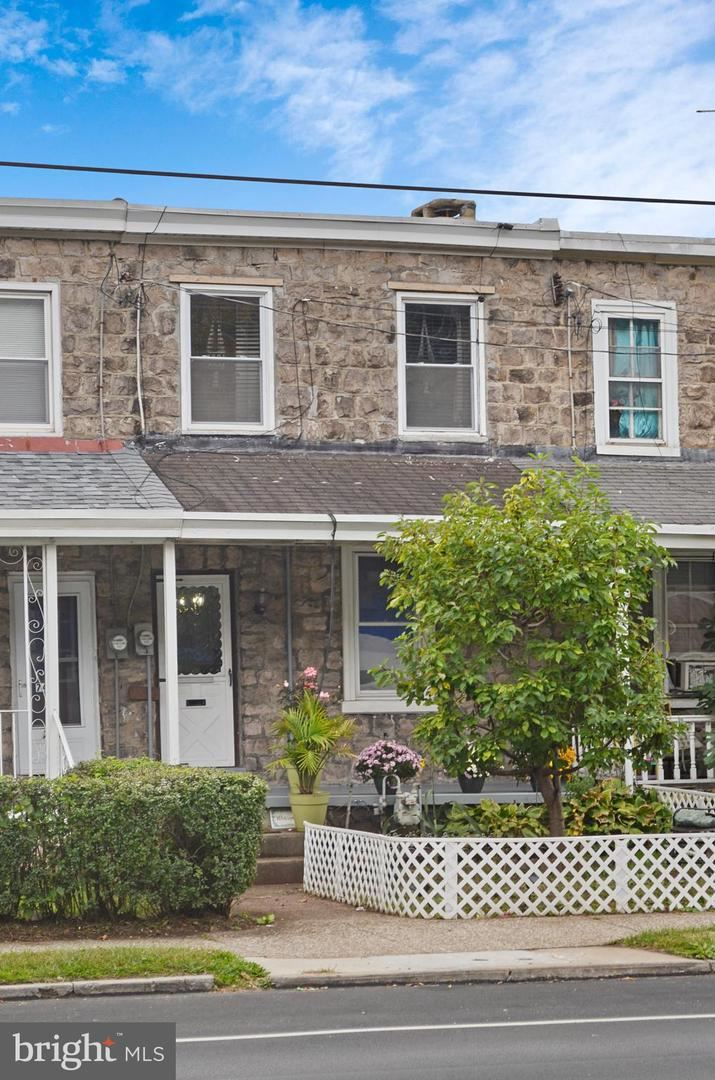 Photo of 746 E MAIN ST, NORRISTOWN, PA 19401 (MLS # PAMC668466)