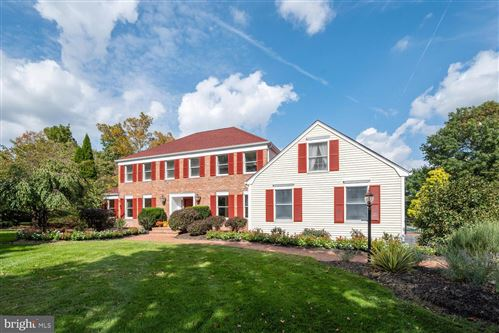 Photo of 18 RIDGEVIEW DR, BELLE MEAD, NJ 08502 (MLS # NJSO2000490)