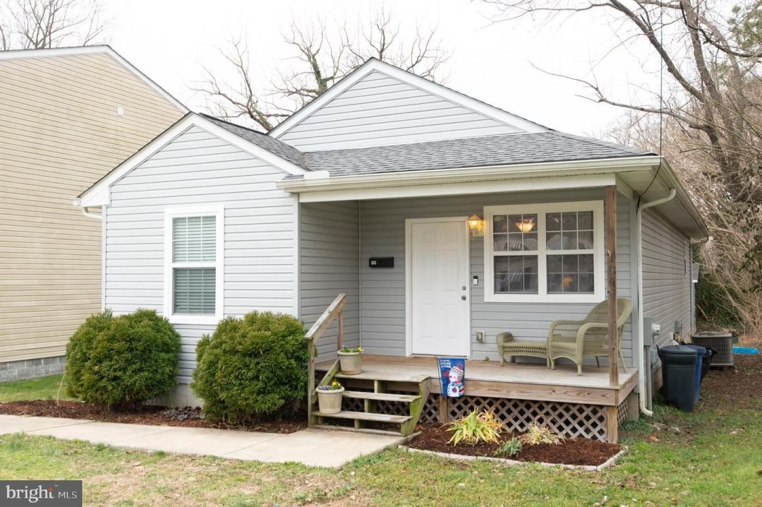 Photo for 104 HOLTON ST, CENTREVILLE, MD 21617 (MLS # MDQA146492)