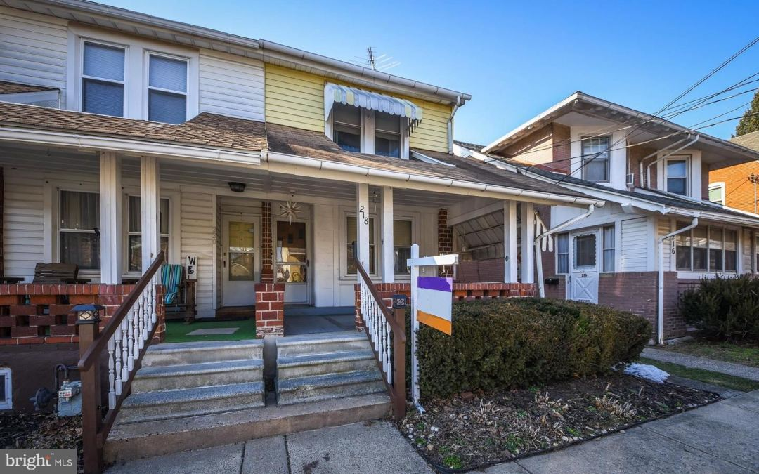 Photo of 218 GREEN ST, LANSDALE, PA 19446 (MLS # PAMC683656)