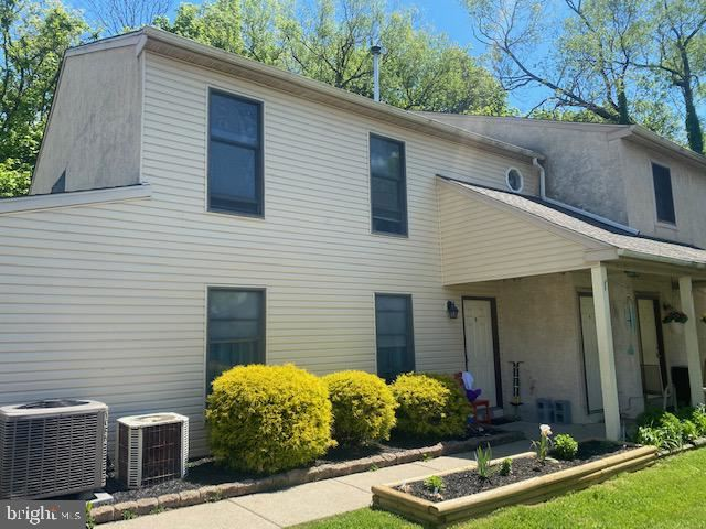 Photo of 28 CENTRAL AVE, SOUDERTON, PA 18964 (MLS # PAMC2001678)