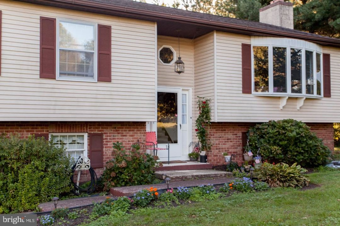 Photo of 38 S COUNTY LINE RD, SOUDERTON, PA 18964 (MLS # PAMC2011708)
