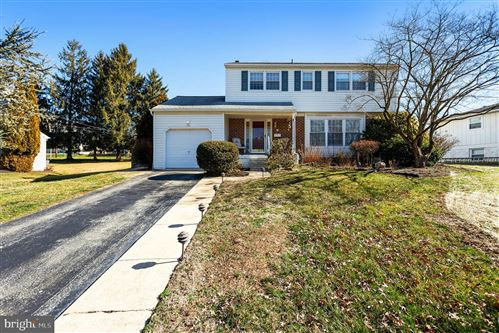 Photo of 303 N LAKE DR, DOWNINGTOWN, PA 19335 (MLS # PACT497730)