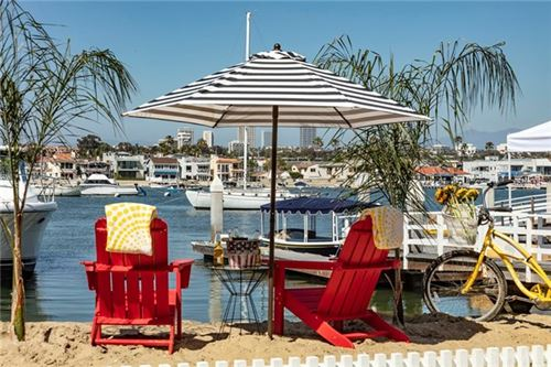 Photo of 405 E Edgewater Avenue, Newport Beach, CA 92661 (MLS # NP19283006)