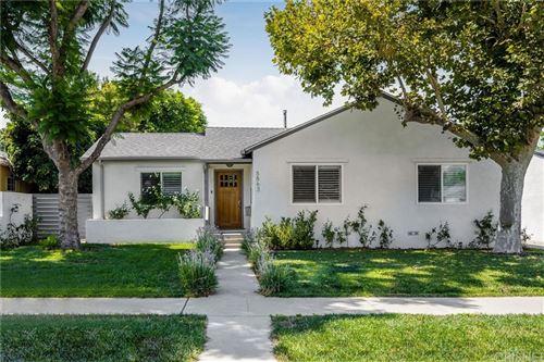 Photo of 5863 Jamieson Avenue, Encino, CA 91316 (MLS # SR21192067)