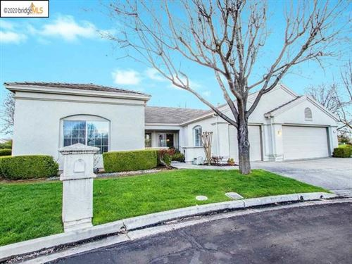 Photo of 1808 Redwine Ter, Brentwood, CA 94513 (MLS # 40910068)