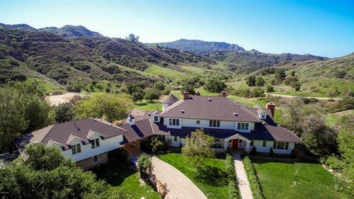 Photo of 24900 Paseo Del Rancho, Calabasas, CA 91302 (MLS # 219012070)