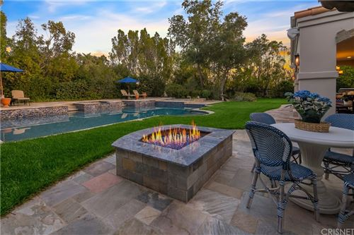 Photo of 25504 Hamilton Court, Calabasas, CA 91302 (MLS # SR21094113)