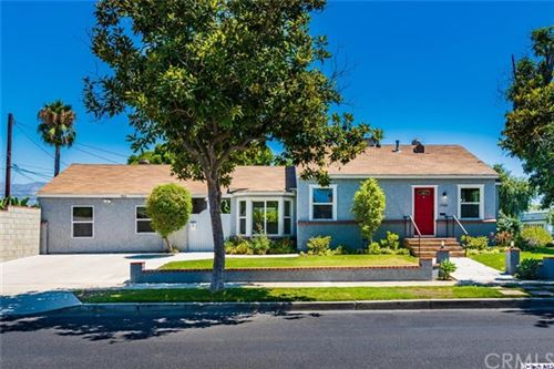 Photo of 1702 N Lima Street, Burbank, CA 91505 (MLS # 320005138)