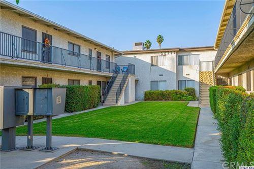 Photo of 12717 Vanowen Street #101, North Hollywood, CA 91605 (MLS # 320004140)