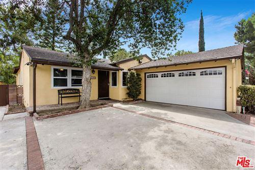 Photo of 7700 Wilbur Avenue, Reseda, CA 91335 (MLS # 21781174)