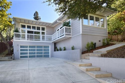 Photo of 3856 Reklaw, Studio City, CA 91604 (MLS # SR20227184)