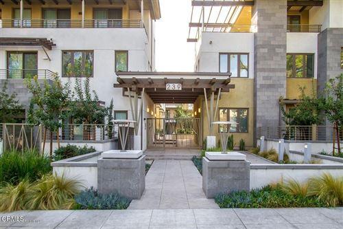 Photo of 239 Marengo Avenue #201, Pasadena, CA 91101 (MLS # P1-7200)