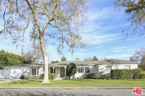 Photo of 11951 LANDALE Street, Studio City, CA 91607 (MLS # 20554206)