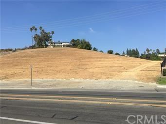 Photo of 13221 Cole Lane, North Tustin, CA 92705 (MLS # NP19098264)