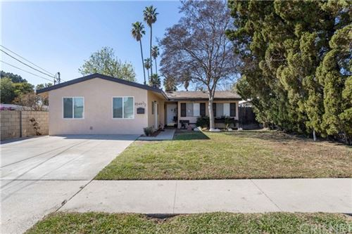 Photo of 8549 Elizalde Avenue, Northridge, CA 91324 (MLS # SR21038275)