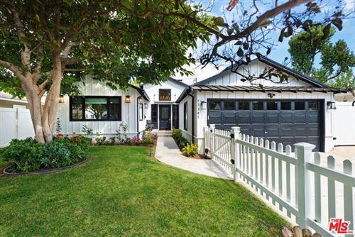 Photo of 13341 Cumpston Street, Sherman Oaks, CA 91401 (MLS # 20637300)