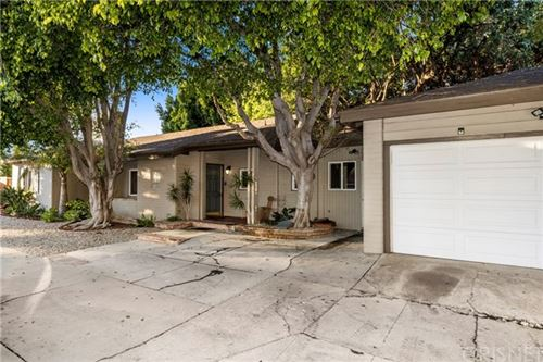 Photo of 13719 Milbank Street, Sherman Oaks, CA 91423 (MLS # SR21040366)